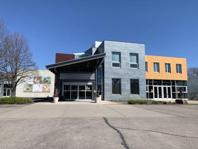 Minnetonka Center for the Arts building