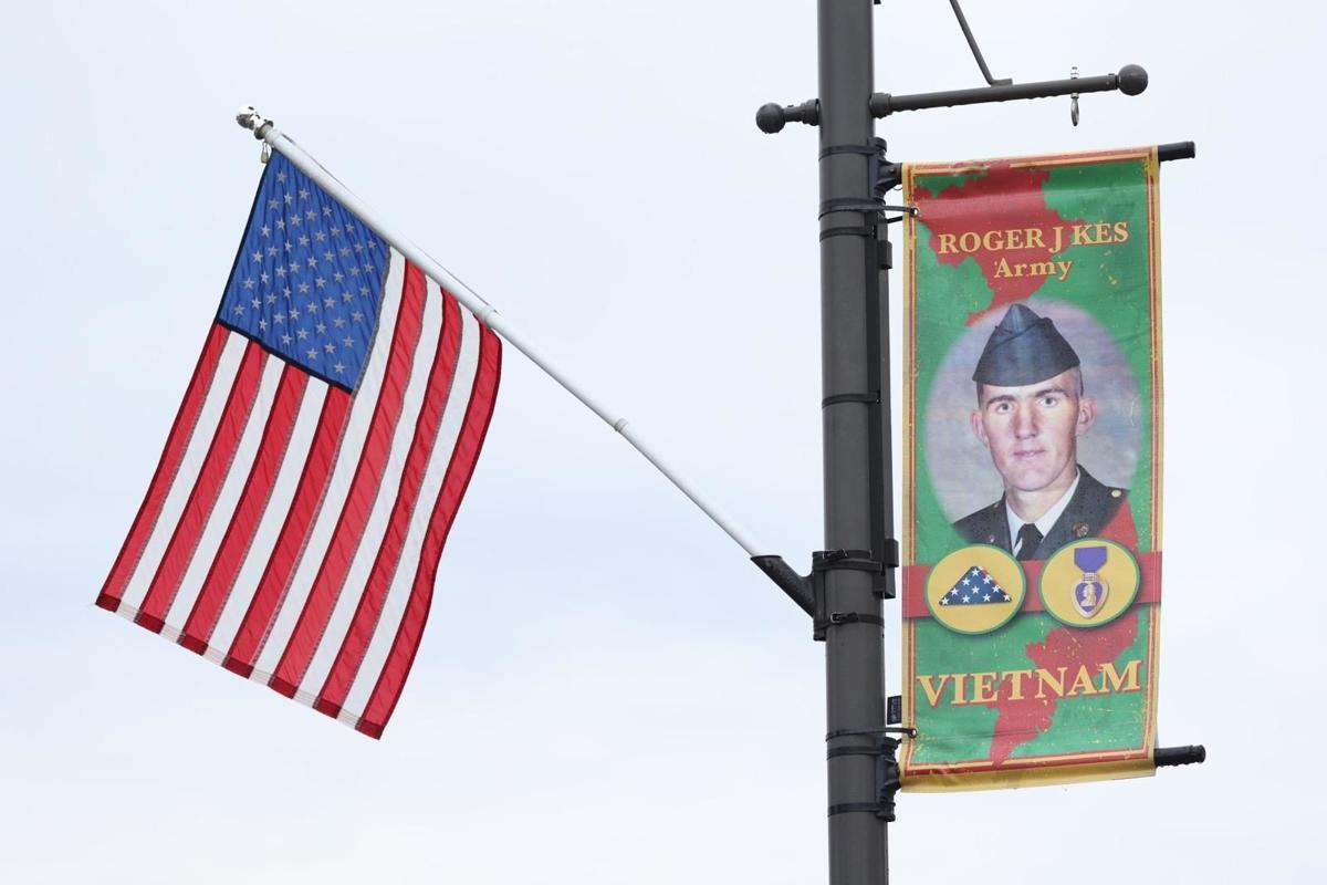 Roger Kes banner