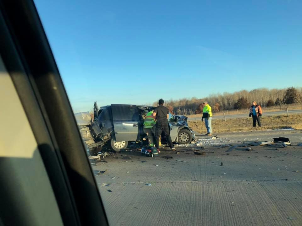 Update: One dead, one hospitalized after Highway 169 crash