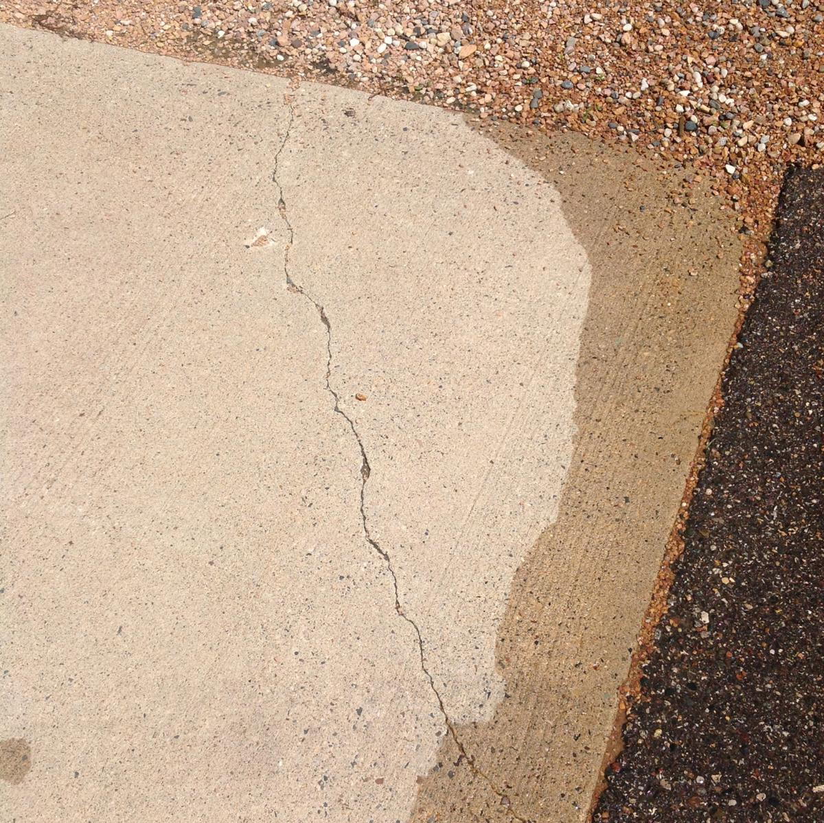 Crack in Tollefson's property