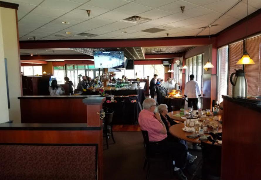 Green Mill Restaurant - interior seating