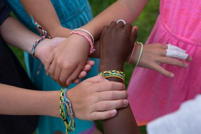 Pop-up in Prior Lake: Chanhassen youth's friendship bracelet sales benefit Minneapolis
