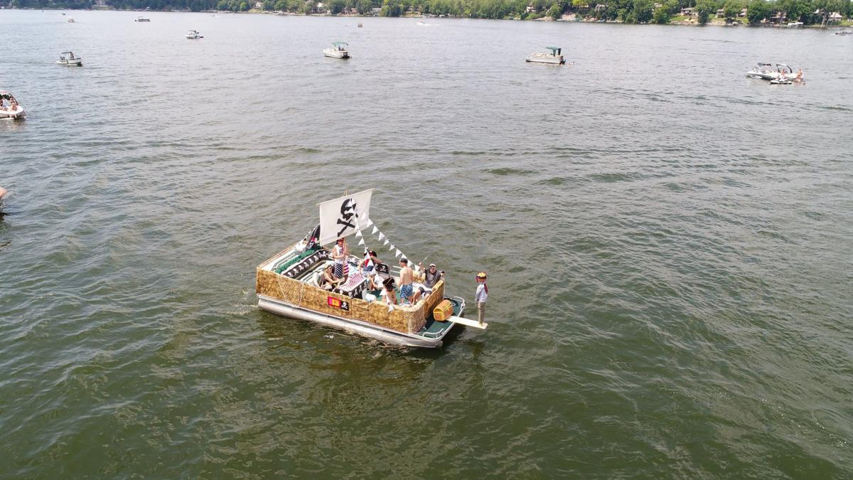 Boat parade 5