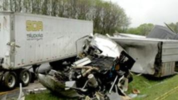 UPDATED: I-81 wreck claims man's life | News | swvatoday com