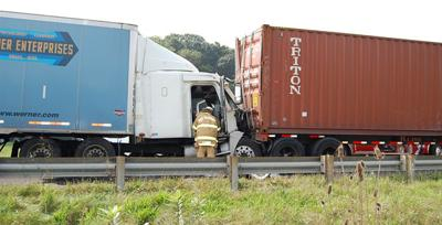 Tennessee truck driver hurt in Wythe County crash