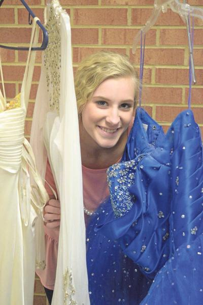 Fort Chiswell Club Hosting Prom Dress Sale On Saturday Local