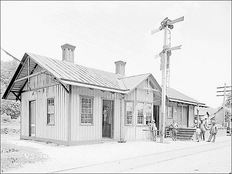 SMY 0601 edit-atkins tank rr station 1920.jpg