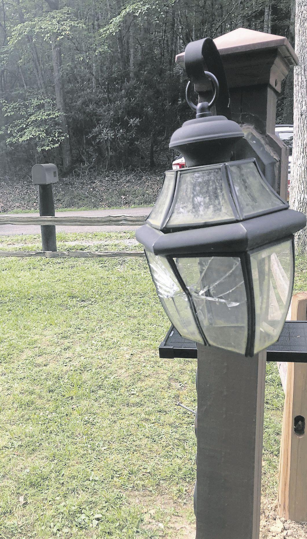 Delk Driveway Lantern
