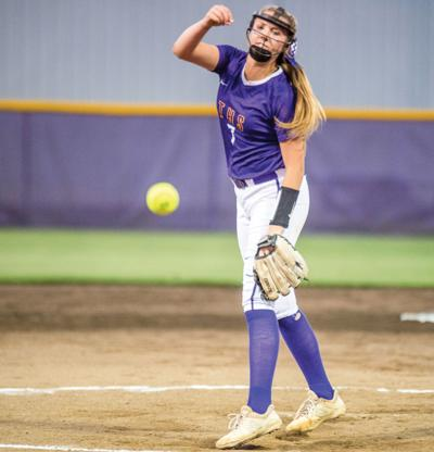 0529-Tallassee softball records.jpg