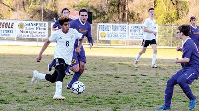 Wetumpka dominant in win over Tallassee