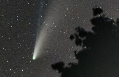 A dazzling comet display
