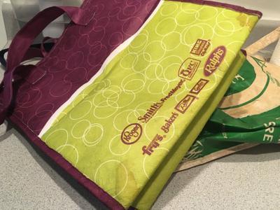 Smith's stops reusable bag use