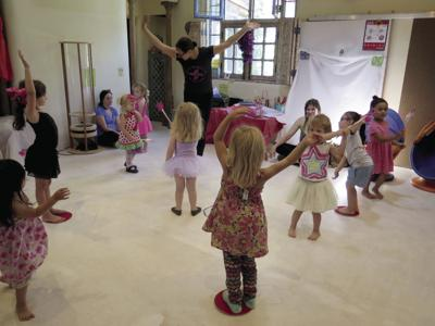 Suspend belief Theatrical play equals learning