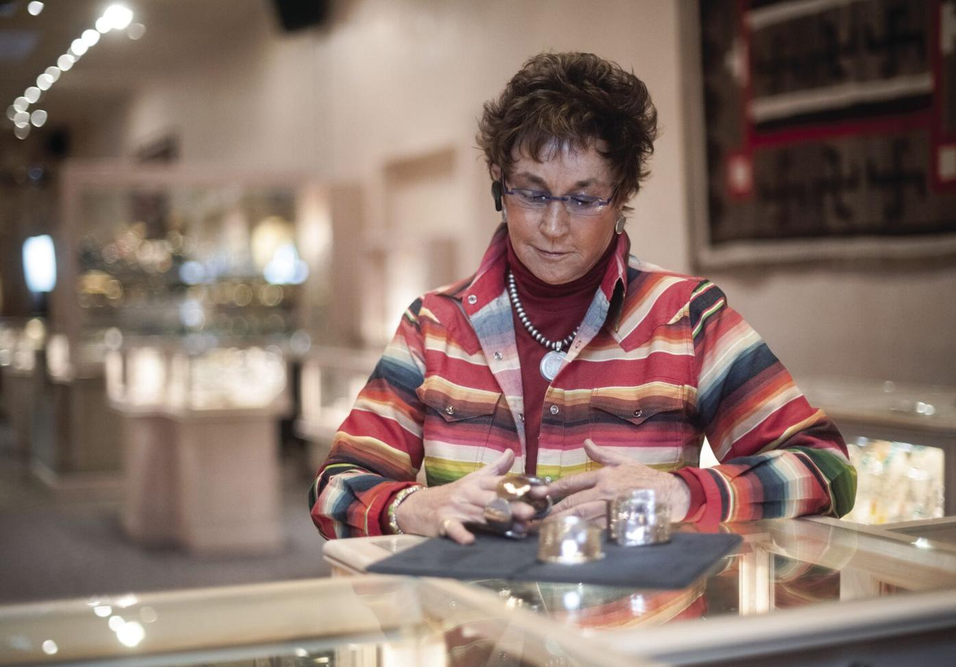 Taos Plaza merchants stay the course