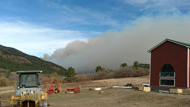 Luna fire grows in rugged canyons of Carson National Forest