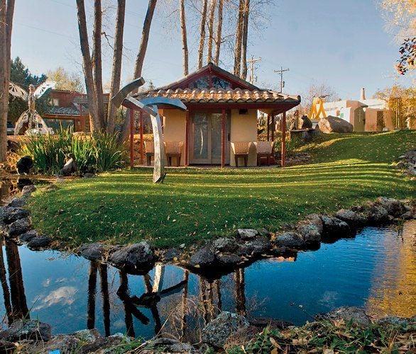 TAOS HOUSES Diverse design, similar sustainability