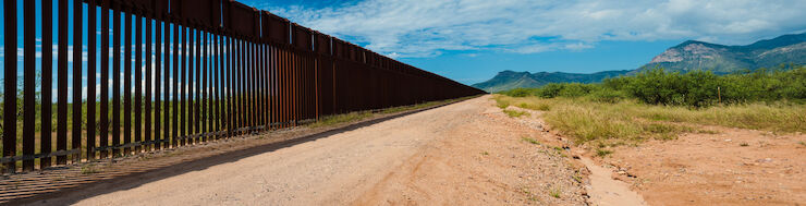 Us,Mexican,Border,In,Arizona
