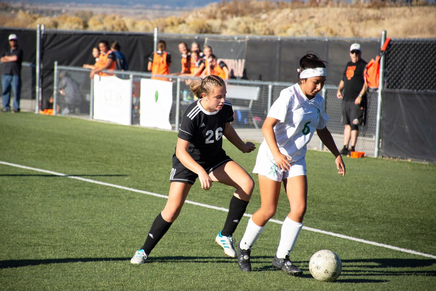 Taos outlasts physical Moriarty squad in final home game