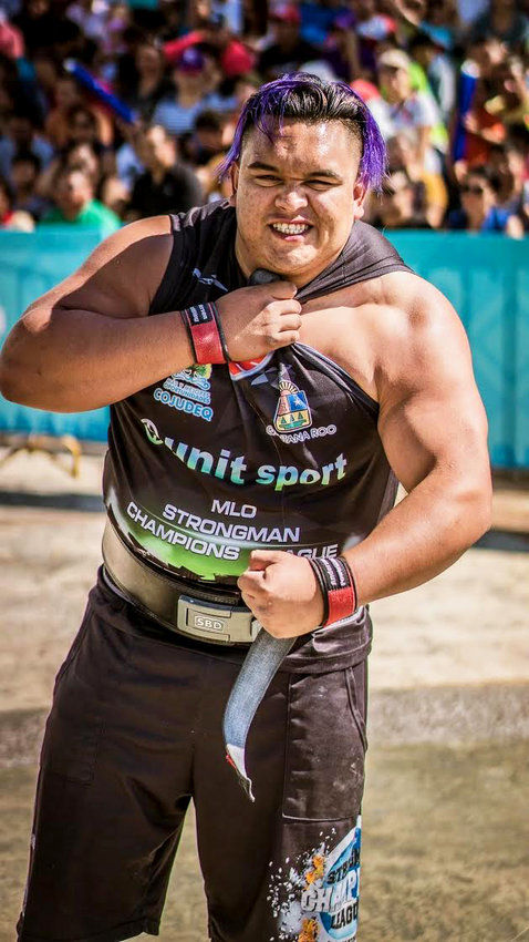 Local Taoseño is truly a strongman