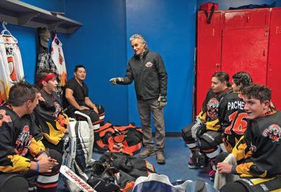 Taos hockey JV team looks to improve ice skills (copy)