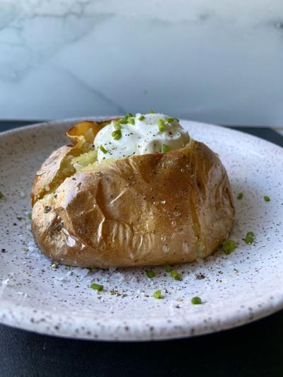 entree-baked-potato-20201214
