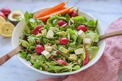 Recipe of the Day: Spring Salad with Asparagus