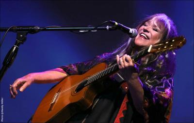 Singer-songwriter Melanie