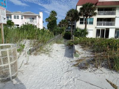 Belleair Beach dune walkovers being replaced