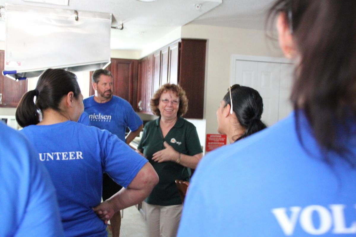 RL-mcconville-HEPbarbaragreen2021-Barb and volunteers.JPG