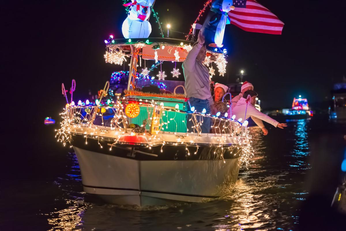 Pinellas lighted boats parades ready to roll