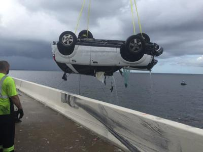 SUV pulled from Tampa Bay, no signs of driver