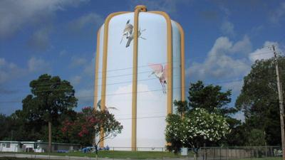 County sells former Seminole water tower site for $450,000