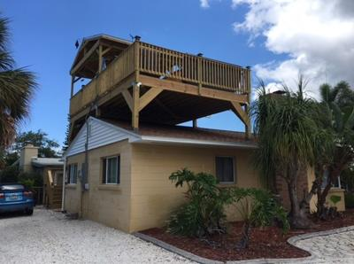 Reddington Shores looks to outlaw some rooftop decks