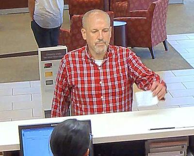 Largo police seek bank robbery suspect