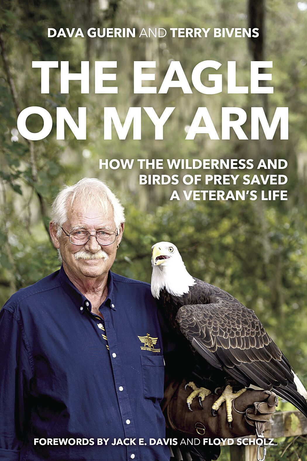 Falconer continues mission to help veterans, birds of prey