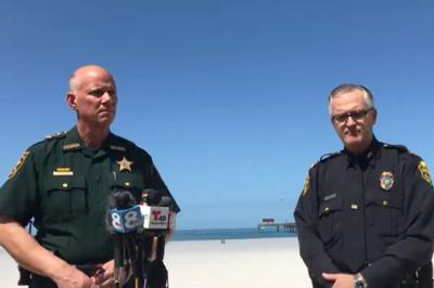 People mostly staying off Pinellas' closed beaches