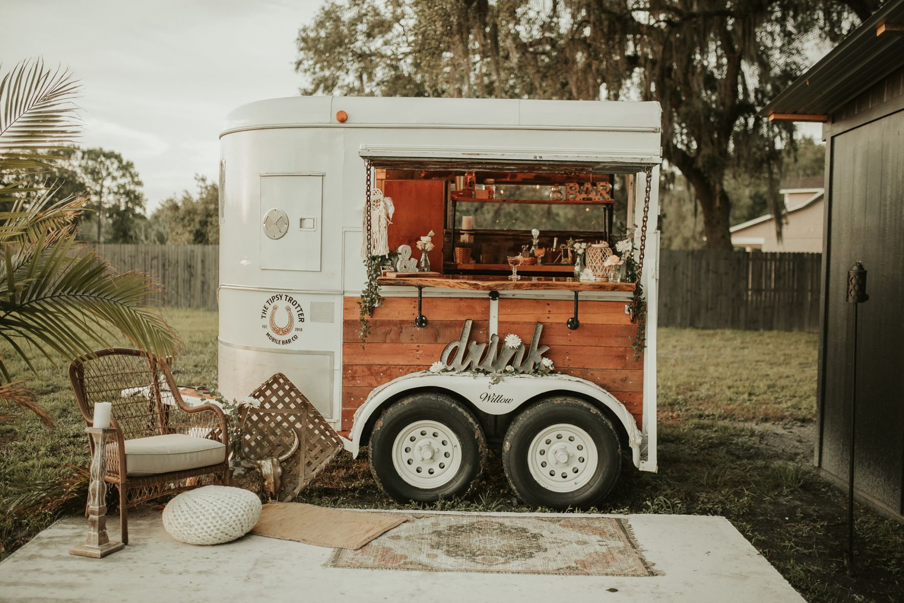 Seminole Entrepreneur Turns An Old Horse Trailer Into A Mobile Bar Seminole Tbnweekly Com