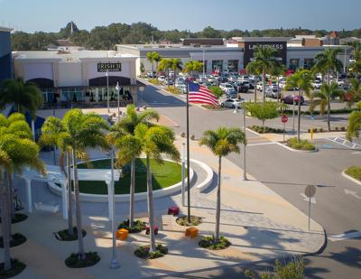 New American flag flies at Seminole City Center