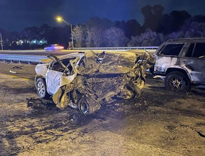 One killed in five-vehicle crash on Gandy Boulevard