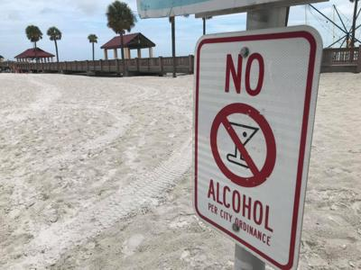 Clearwater gives beach bar owners 6 months to crack down on rowdy behavior