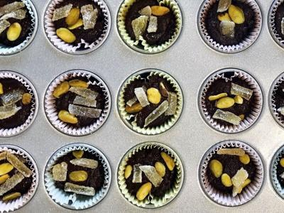 Food-Dark Chocolate Tahini Cups
