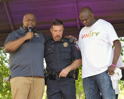Promoting unity: Hundreds gather at Belton rally to ...