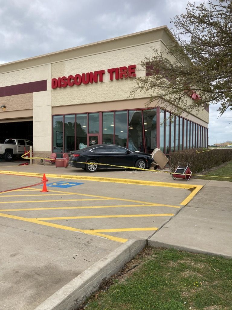 Car crashes into store