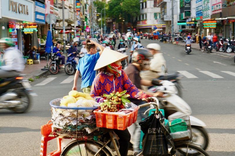 Selling goods in Saigon