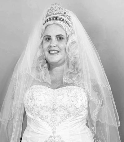 Mrs. Phelipe Zapata