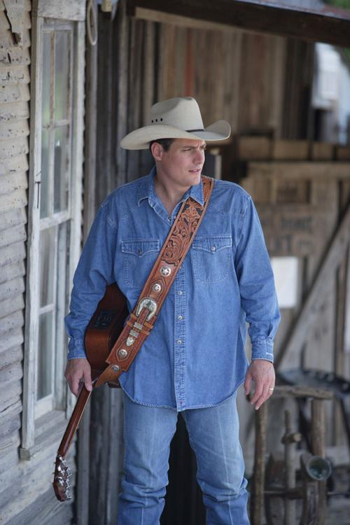 Before the badge, Bell County officer took on country music | News