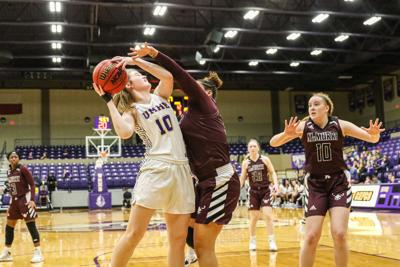 UMHB Women's basketball