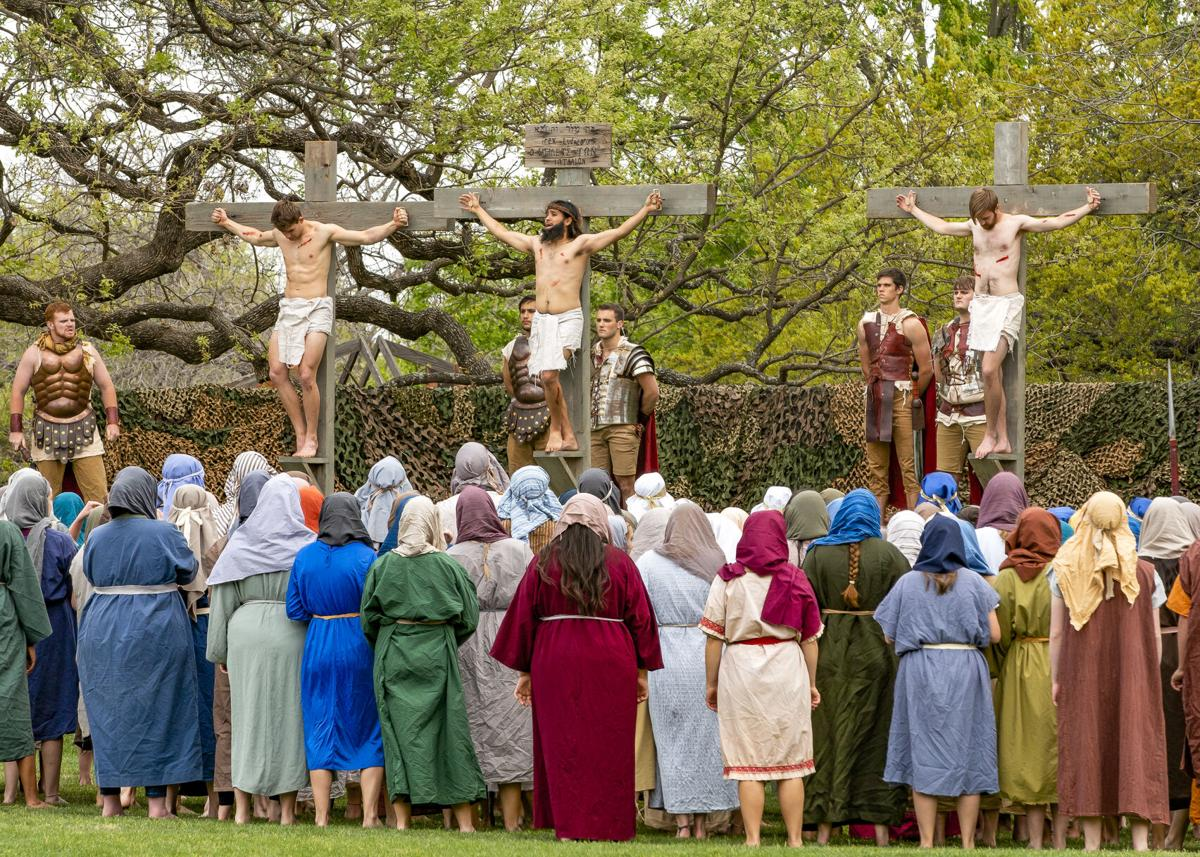 UMHB Easter Pageant