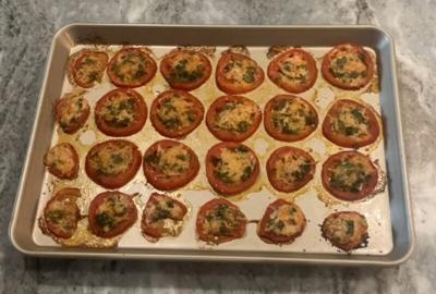 Tomato crisps