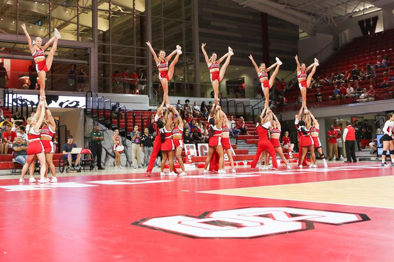 VBvHPU_Cheerleaders_NF.jpg
